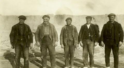 Agricultores a principios del siglo XX (Riegos del Alto Aragón).
