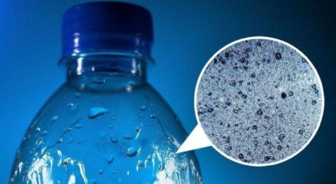 Microplásticos ¿Agua embotellada o agua grifo?