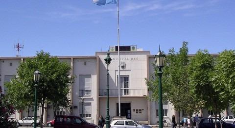 Secretaría Nacional Agua Ecuador facilita material 7.500 regantes Santa Rosa