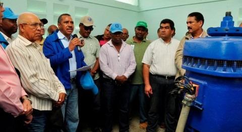 Instituto Nacional Recursos Hidráulicos Dominicana entrega once sistemas bombeo comunidades Azua
