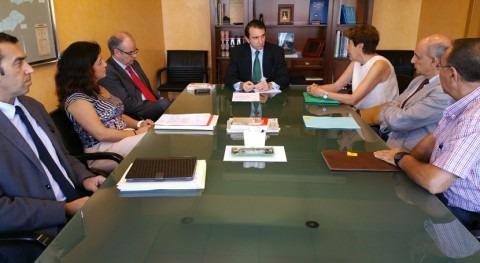 Depuración y regantes centran reunión CHT y Ayuntamiento San Esteban Valle