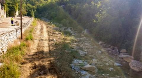 CHE acondiciona barrancos cercanos localidad Montañana, Huesca
