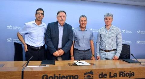 Antonio Burgos con los alcaldes de Ojocastro, Santurde y Sorzano