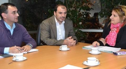 Secretaría Regional Ministerio Agricultura Aysén planifica apoyo regantes