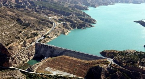 Junta construye arqueta que recogerá agua trasvases Tajo-Segura y Negratín-Almanzora