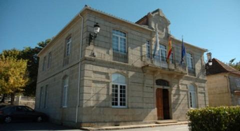 Ayuntamiento de A Lama.