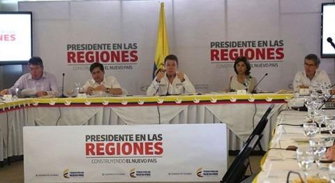 El Ministro de Vivienda, Luis Felipe Henao, está presente en el Consejo de Ministros liderado por el Presidente Santos en Cúcuta.