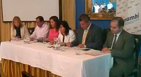 Perú y Ecuador firman acuerdo intercambio datos hidrometeorológicos