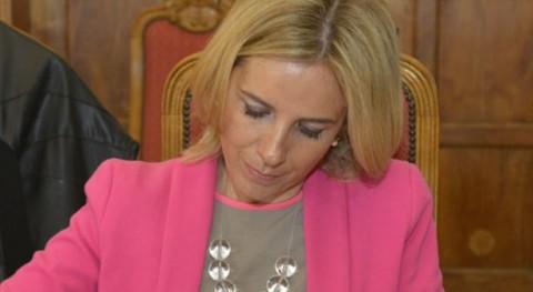 Adela Martínez-Cachá.