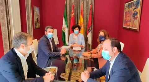"""Murcia y Andalucía muestran rechazo frontal al """"recorte"""" trasvase Tajo-Segura"""