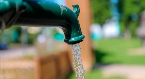 consumo agua Madrid cae 10% durante aplausos solidarios