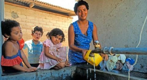 """Luchando agua """"transparente"""" Honduras"""
