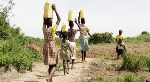 World Vision, sequía obliga niñas Angola prostituirse llevar comida casa