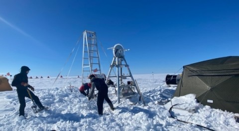 Detectada primera vez agua tibia inestable glaciar antártico