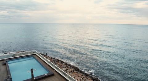 tesis Cátedra AQUAE analiza demanda agua actividades productivas ciudades
