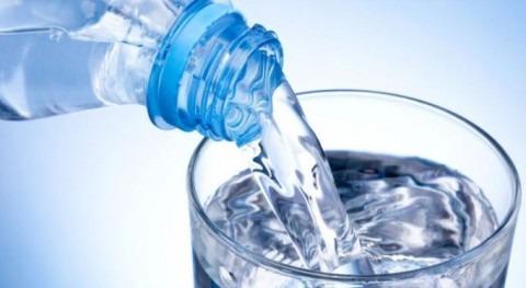 No beba agua llave o grifo