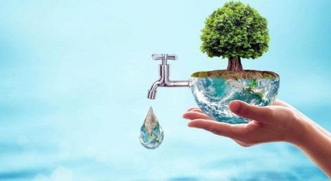 ¿Derroche agua o cultura conservacionista?