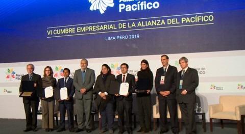 Perú entrega Certificado Azul empresas hídricamente responsables