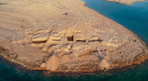 sequía Irak deja al descubierto ruinas palacio 3.400 años antigüedad