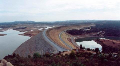 reserva hidráulica española disminuye al 60,5 % capacidad total