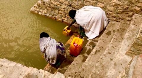 acceso agua potable. derecho universal todos