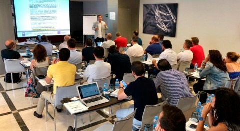 Valencia acoge aforo completo curso Auditor UNE 100030