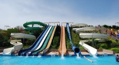 multinacional española vez depuradora construye parque acuático error