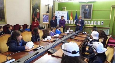 Oviedo y Aqualia entregan premios XIV Concurso Internacional Dibujo Infantil
