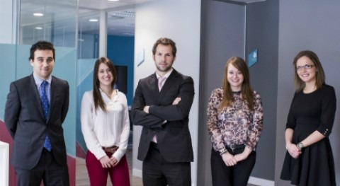 Aquona apuesta empleo joven 15 nuevos contratos menores 30 años