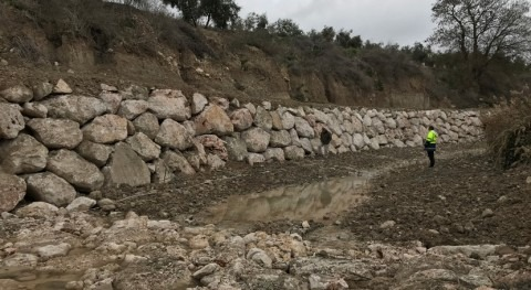 CHG finaliza restauración margen derecha Arroyo Huertas, Málaga