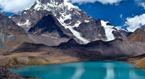 """Santillán: """"Perú ha desarrollado ingeniería glacial propia"""""""