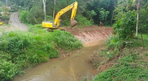 Gobierno Panamá realiza dragado 2.250 metros varios cauces Arraiján
