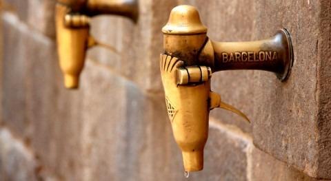 """Aigua és Vida cree que bajada 4,95% tarifa agua Barcelona """"no es suficiente"""""""