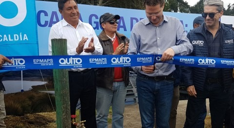 Agua Quito pone fin al agua entubada barrios altos noroccidente capital