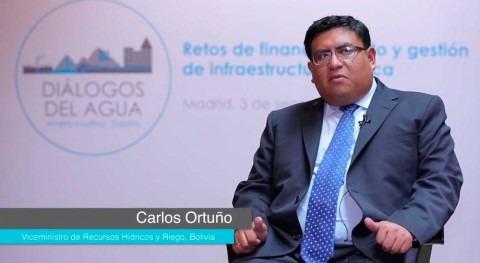 """ acceso universal al agua está recogido Constitución Bolivia"""