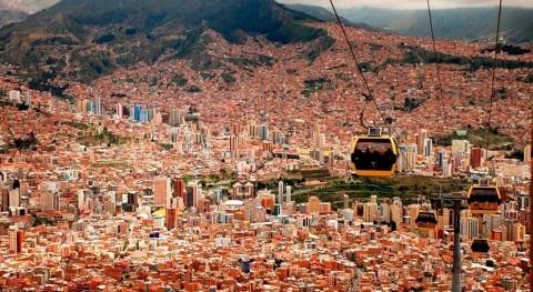 CAF fortalece apoyo Bolivia educación, agua, infraestructura y productividad