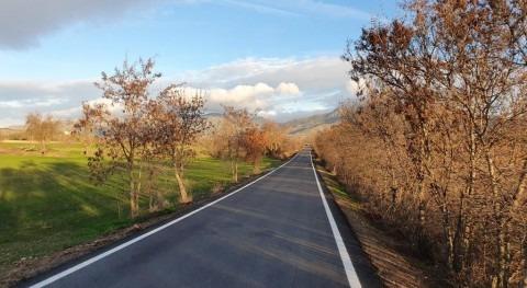 CHE finaliza obras carretera HU-324 y licita pavimentaciones Apiés (Huesca)