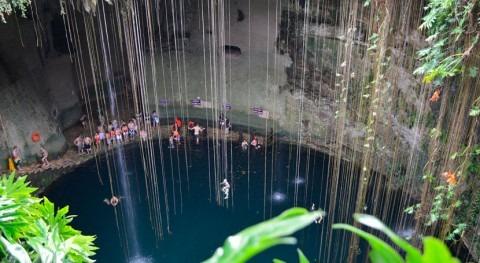 Cenotes: espacio sagrado mercancía turística