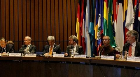 Seminario Recursos hídricos bajo incertidumbre y riesgo al cambio climático