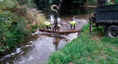 Confederación Hidrográfica Cantábrico investiga vertido purines río Ouría
