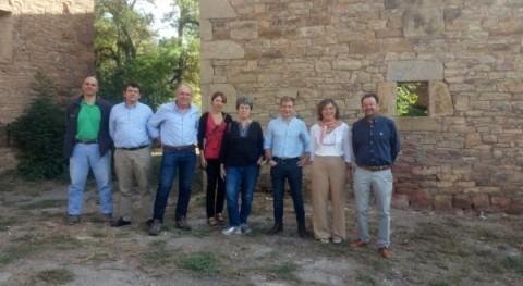 Mª Dolores Pascual visita actuaciones ejecutadas consolidación núcleo Ruesta