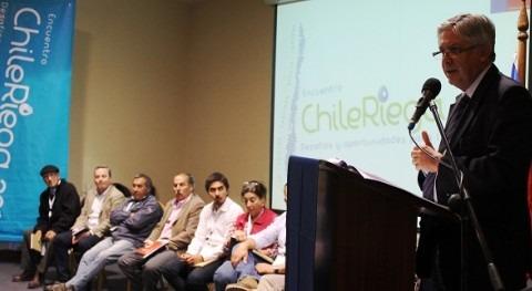 Agricultores y organizaciones regantes Maule y Biobío participan Encuentro Chile Riega 2014