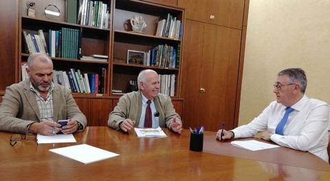 Mario Urrea analiza situación hídrica presidente Junta Hacendados Murcia