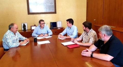 presidente CHS recibe representantes Huermur