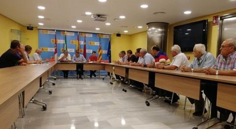 Mario Urrea mantiene encuentro trabajo regantes Vega Alta