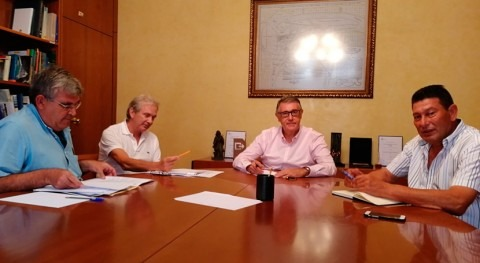 Mario Urrea informa regantes opciones usar agua bombeo Albujón