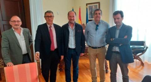 CHS y alcalde Orihuela tratan asuntos competencia organismo cuenca