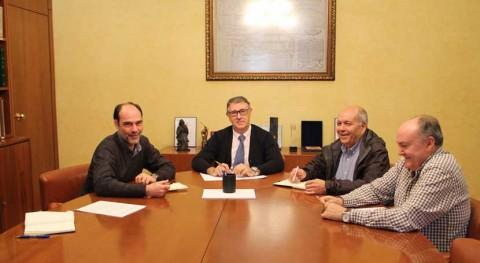 Mario Urrea se reúne Generalitat Valenciana tratar temas que afectan Vega Baja