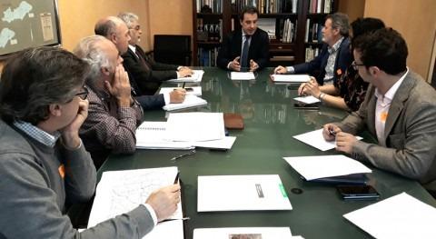 CHT trata asuntos relacionados infraestructuras asociadas al DPH Extremadura