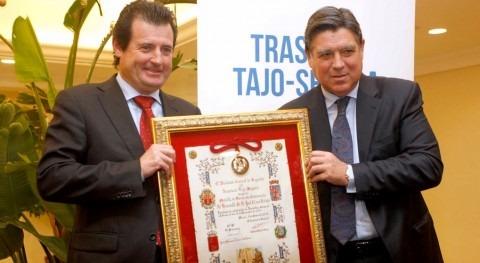José Císcar con los regantes del Trasvase Tajo-Segura